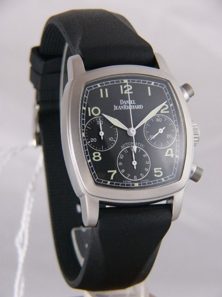 dc0732b6d3f Daniel JeanRichard TV Screen Chronograph 25006-01-M5165-00