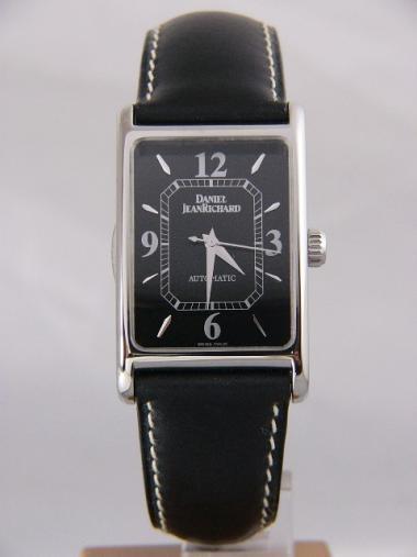 afd373e0231 Daniel JeanRichard Classique Rectangle Cambree 2600
