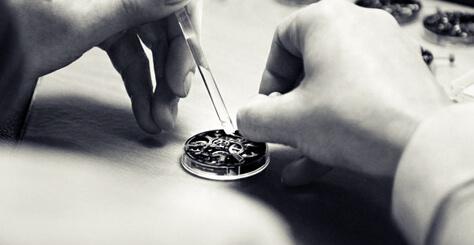 Les Classiques Watches